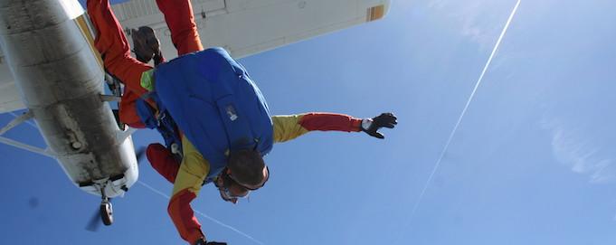 Sortie_d'avion_saut_en_parachute_tandem